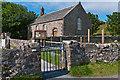 NM2824 : Iona Parish Church by Ian Capper