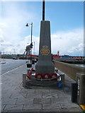 TM2532 : Merchant Navy War Memorial, Harwich by JThomas