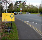 ST3091 : Diverted traffic/Traffig gwyriad sign facing Malpas Road, Newport by Jaggery