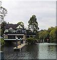 SU9082 : Boulters Lock, Maidenhead by Paul Gillett
