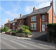 SO8005 : Bath Road houses, Stonehouse by Jaggery