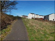 NS4670 : Path on east side of Craigend Hill by Lairich Rig