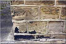 SE2334 : Benchmark on #116 Swinnow Road by Roger Templeman