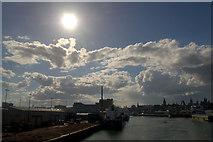 NJ9505 : Sun over Aberdeen Harbour by Mike Pennington