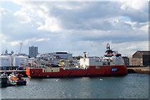NJ9505 : EDT Jane in Aberdeen Harbour by Mike Pennington
