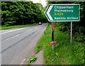 SP0000 : This way for Kemble Airport, Chippenham, Malmesbury by Jaggery