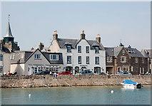 NO8785 : The Ship Inn, Stonehaven by Bill Harrison