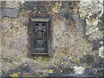 SW6637 : Ordnance Survey Flush Bracket S6926 by Peter Wood