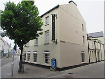 SS9079 : Corner of Cross Street and Dunraven Place, Bridgend town centre by Jaggery