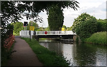 SE1537 : Canal bridge no. 208 by Stephen Craven