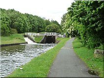 SD8639 : Lock 51 and its bywash, Leeds & Liverpool Canal by Christine Johnstone