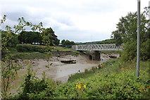ST5672 : Ashton Avenue Bridge by Richard Hoare