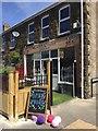 SN6901 : Coffee Shop by Alan Hughes