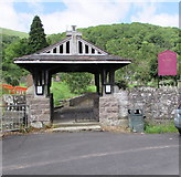 SO2813 : Lychgate at the main entrance to St Faith's Parish Church, Llanfoist, Monmouthshire by Jaggery