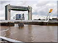 TA1028 : River Hull, Millennium Bridge and Tidal Surge Barrier by David Dixon
