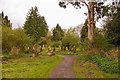 SO5175 : St Leonard's graveyard by Ian Capper