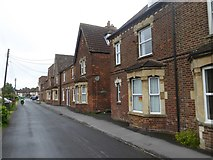 SU0061 : Houses on Rotherstone, Devizes by David Smith