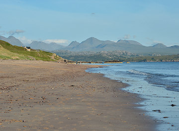 NG7578 : A summer evening on Big Sand beach by Nigel Brown
