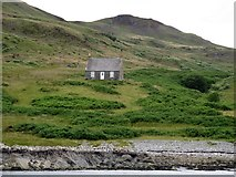 NM7103 : Remote bothy in Gleann a' Mhaoil, Scarba by Andrew Curtis