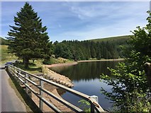 SO0514 : Road over Pontsticill Reservoir by Alan Hughes