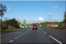 TL1395 : A1 northbound by Robin Webster