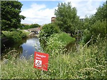 ST2325 : Warning on Bridgwater and Taunton Canal by David Smith