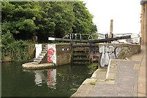 TQ3283 : Sturt's Lock by Richard Croft