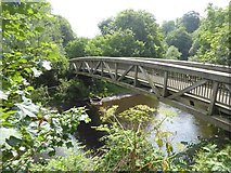 NS5667 : The Ha'penny bridge over the River Kelvin by David Smith