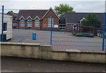 SO9233 : Ashchurch Primary School,  Ashchurch  by Jaggery