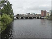 NS5864 : Glasgow Bridge by David Smith
