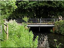 SU4619 : Bishopstoke Road Bridge over the River Itchen by David Dixon