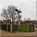 SJ8390 : Heron sculpture by Gerald England