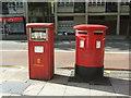 TQ3282 : Elizabeth II postboxes on Old Street, London EC1 by JThomas