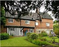 SK4338 : Poplar Farm, Dale Abbey by Alan Murray-Rust