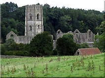 SE2768 : Fountains Abbey by Andrew Curtis