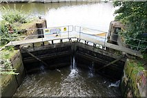 TQ1672 : Leaky lock at Ham Lands by Mike Pennington
