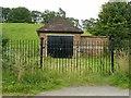 SJ9427 : Unidentified building near Salt by Alan Murray-Rust