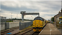 ND1559 : Class 37 loco at Georgemas Junction heading for Wick by Peter Moore