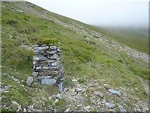 SH6161 : A non-Ordnance Survey triangulation pillar near Marchlyn Mawr reservoir, Dinorwig by Meirion