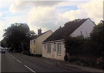 SU1872 : Cottages at Ogbourne St Andrew by John Firth