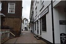 TQ5838 : Lower Walk, The Pantiles by N Chadwick
