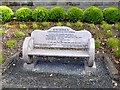 R7068 : Commemorative seat in Birdhill by Oliver Dixon