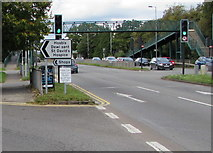 ST3091 : Direction signs at a Malpas junction, Newport by Jaggery