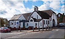 TL0506 : St Mary & St Joseph Catholic Church, Boxmoor by Julian Osley