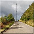 NH6457 : Mount Eagle Transmitter Mast by valenta