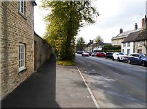 SU2199 : Oak Street (A361), Lechlade on Thames, Glos by P L Chadwick