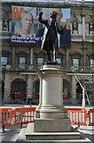 TQ2980 : Statue of Sir Joshua Reynolds by N Chadwick