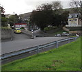 SS9991 : Bend in Vicarage Road, Penygraig by Jaggery