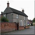 SK7210 : Twyford: on Main Street by John Sutton