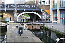 TQ3681 : Regent's Canal lock up from Limehouse Basin by David Martin